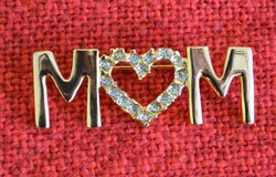 Brooch /Pin  MOM in New Lenox, Illinois